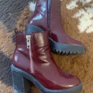 Steve Madden Maroon Boots - Size 6